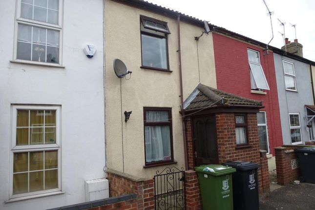 Thumbnail Terraced house to rent in Lancaster Road, Great Yarmouth