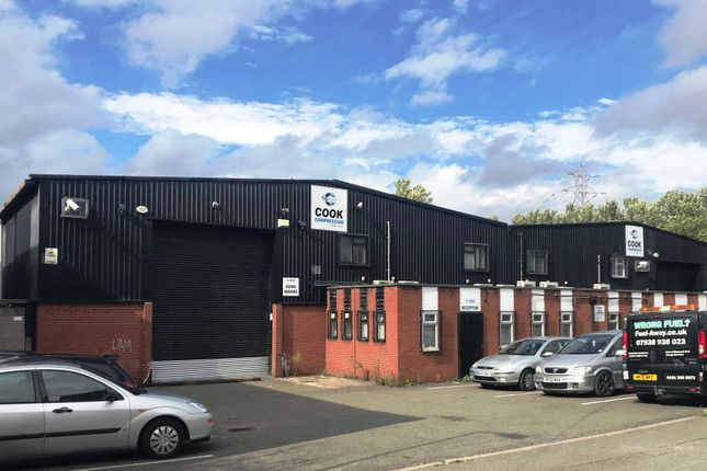 Thumbnail Warehouse to let in Units 2/4 Telford Road, Thornton Road Industrial Estate, Ellesmere Port