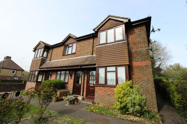 Thumbnail Maisonette to rent in Station Road, Petersfield