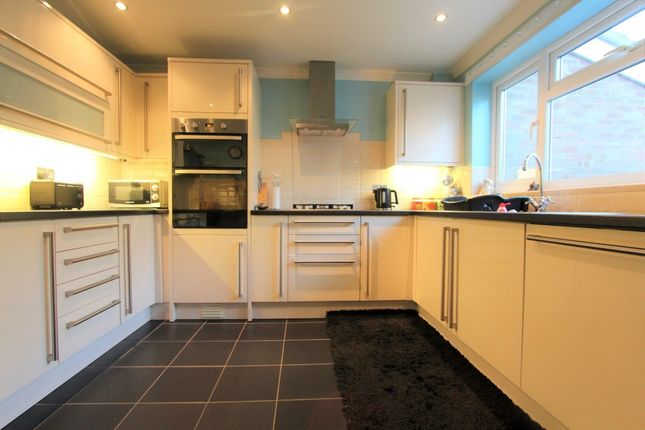 Thumbnail Property for sale in Wiles Close, Waterbeach, Cambridge
