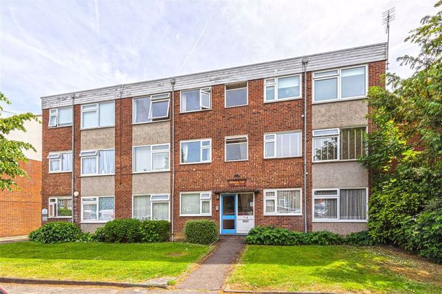 Thumbnail Flat for sale in Chingford Avenue, London