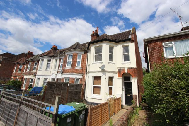 Thumbnail Flat for sale in Suffolk Avenue, Shirley, Southampton