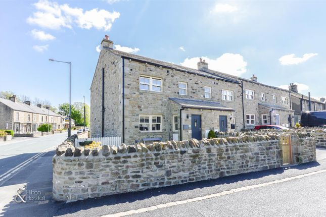 Thumbnail Terraced house for sale in Holly View, Barnoldswick