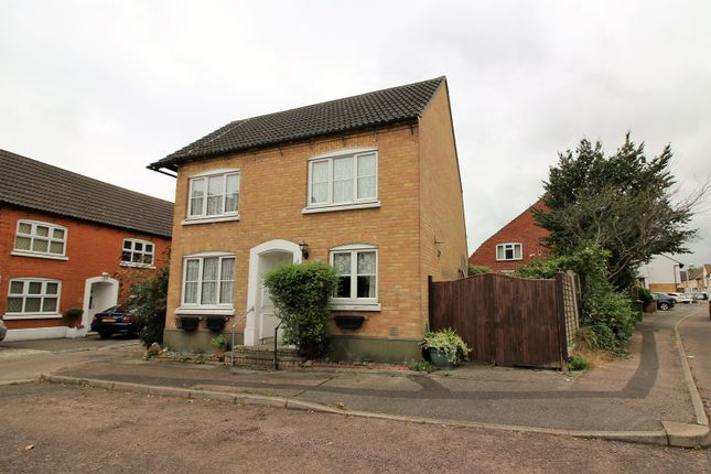 Thumbnail Detached house for sale in Crouch Street, Basildon