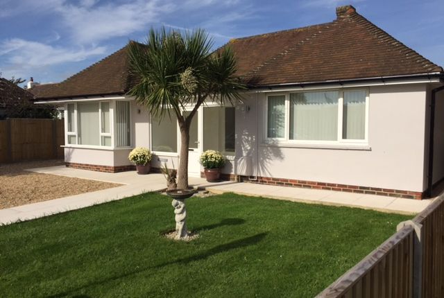 Thumbnail Detached bungalow for sale in Farm Road, 8Ju