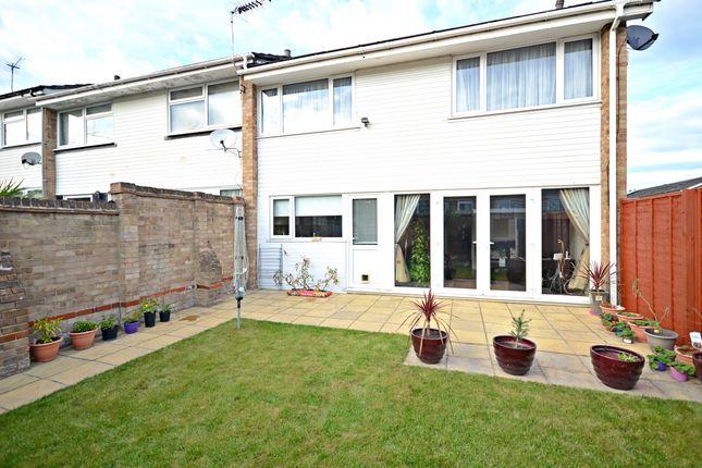 Thumbnail Semi-detached house to rent in Maypole Road, Burnham, Slough