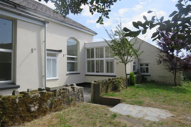 Thumbnail Detached bungalow to rent in South Street, St. Austell