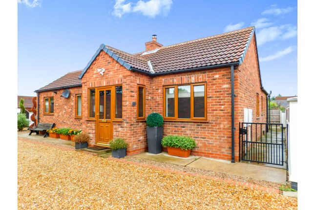 Thumbnail Detached bungalow for sale in Wharf Road, Crowle