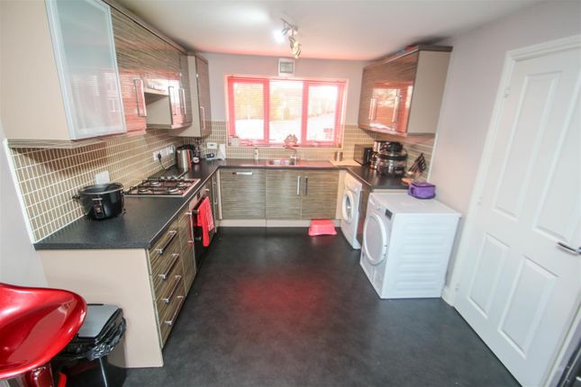 Fitted Kitchen of East Street, Weston Heights, Stoke-On-Trent ST3