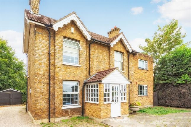 Thumbnail Detached house for sale in Uxbridge Road, Iver Heath, Buckinghamshire
