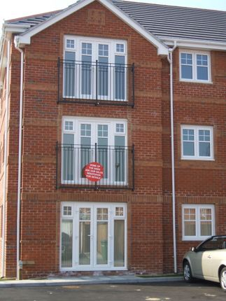 Thumbnail Flat to rent in Tommy Green Walk, Eastleigh, Southampton