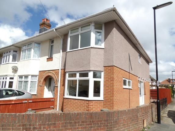 End terrace house for sale in Regents Park, Southampton, Hampshire