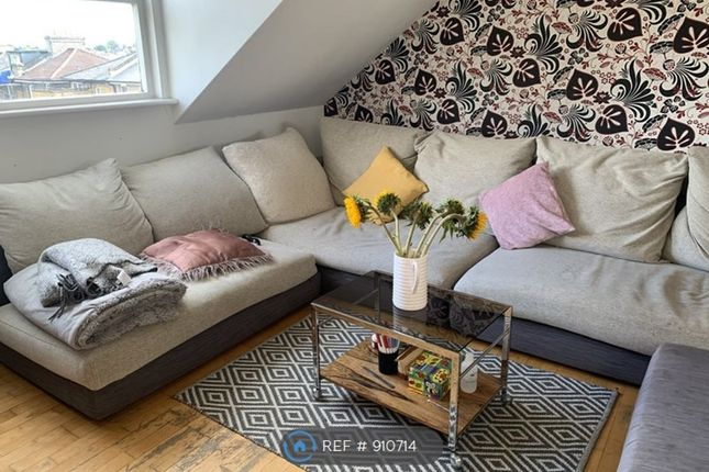 Thumbnail Flat to rent in Somerfield Road, London