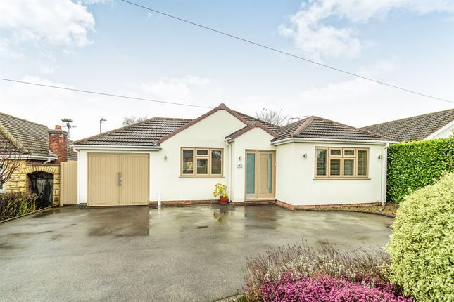 Thumbnail Detached bungalow for sale in Inchbrook Road, Kenilworth