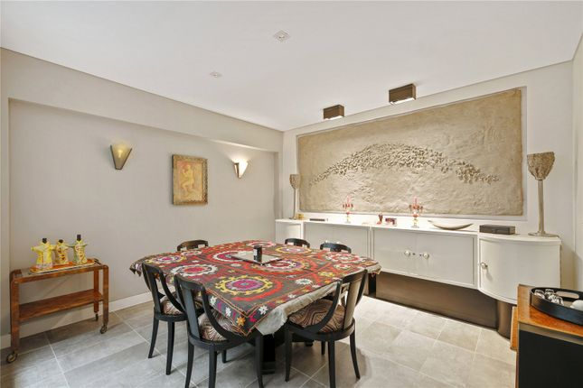 4 bed mews house for sale in Ennismore Mews, London SW7