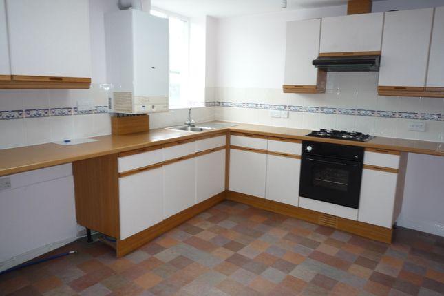 Thumbnail Flat to rent in Madford Lane, Launceston, Cornwall