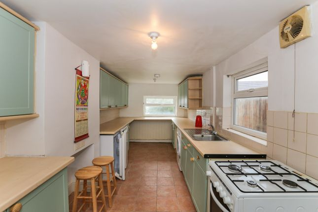 Thumbnail Property to rent in Hitchin Road, Luton