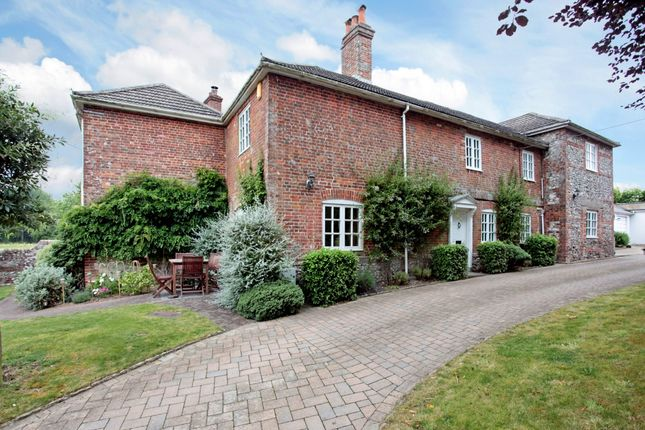 Thumbnail Detached house to rent in Warminster Road, South Newton, Salisbury
