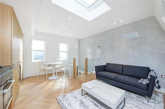 Thumbnail Property for sale in Cloth Court, St Bartholomew, City Of London