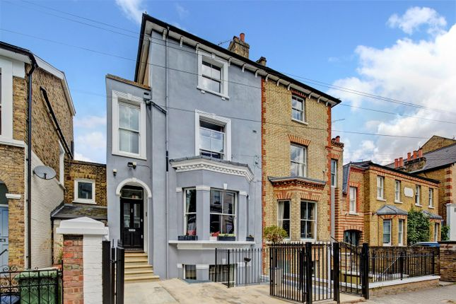 Thumbnail Semi-detached house to rent in Elsynge Road, London