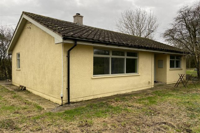 Detached bungalow to rent in Lower Ley Lane, Minsterworth, Gloucester
