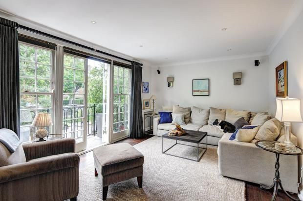 Thumbnail Town house for sale in Blomfield Road, London
