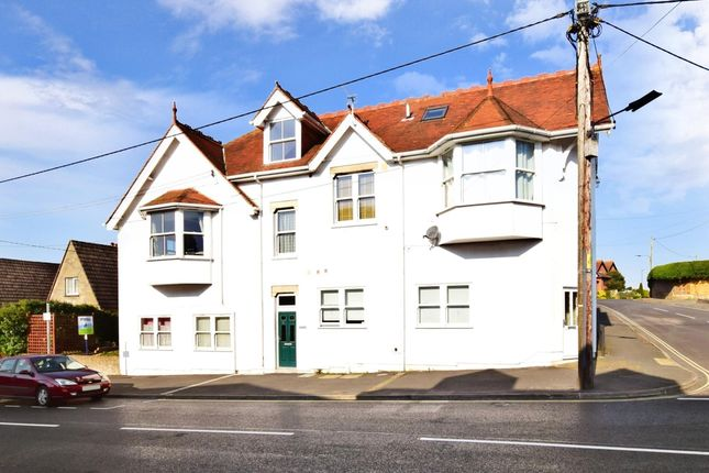 Thumbnail Flat to rent in Broadway, Totland Bay