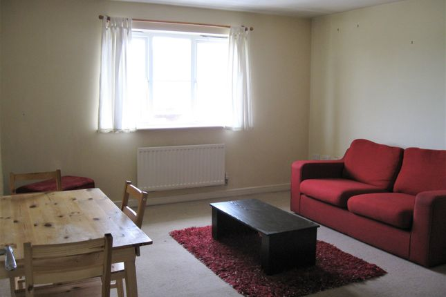 Thumbnail Maisonette to rent in Vantage Court, 37 Oxford Avenue, Hayes