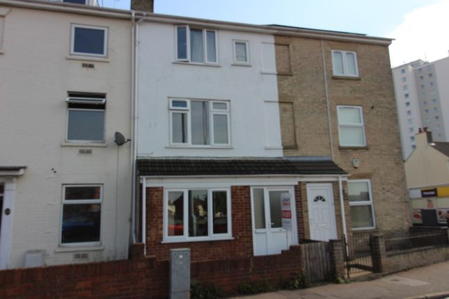 Thumbnail Flat to rent in St. Peters Street, Lowestoft