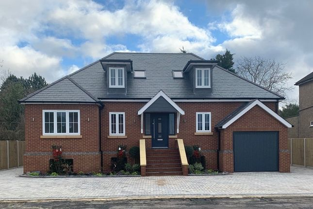Thumbnail Detached house for sale in Oak Avenue, Egham