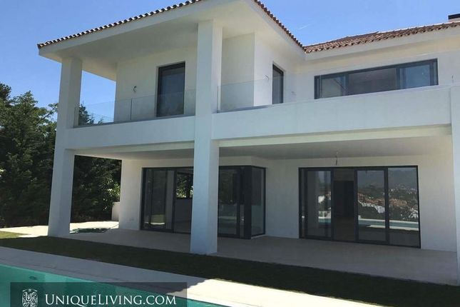 5 bed villa for sale in Marbella, Costa Del Sol, Spain