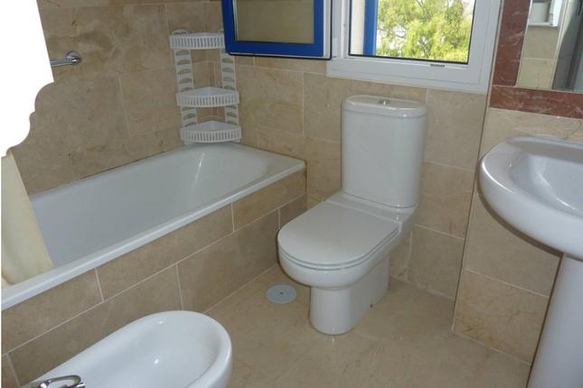 Bathroom 1 of San Luis De Sabinillas, Costa Del Sol, Andalusia, Spain