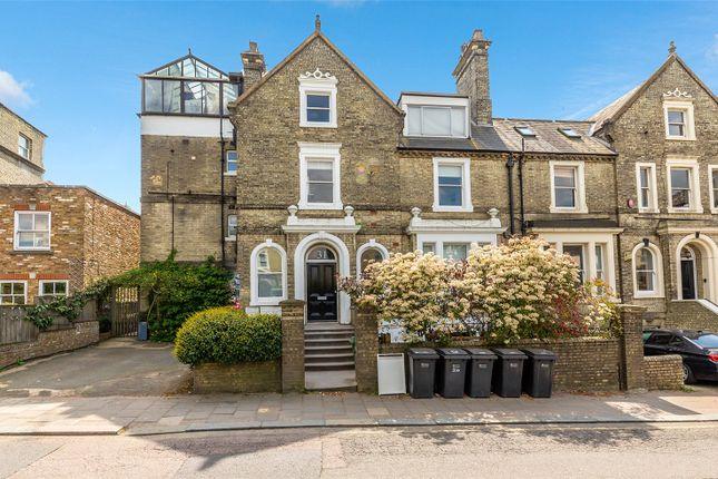 Thumbnail Flat for sale in Hampstead Lane, Highgate, London