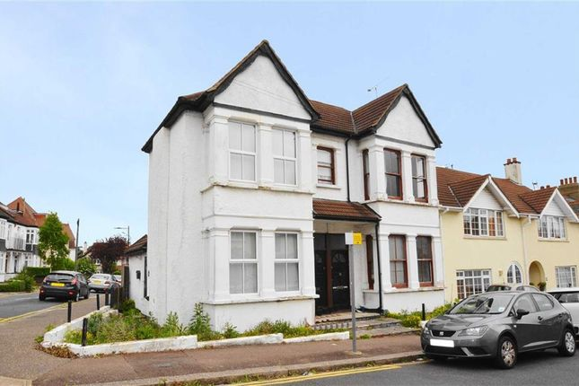 Thumbnail Flat for sale in Hillside Crescent, Leigh On Sea, Essex