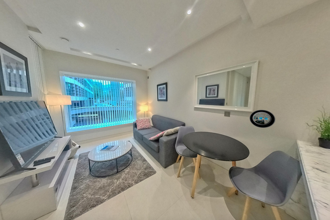 1 bed flat for sale in Landmark Place, Sugar Quay, 16 Lower Thames Street, City, London EC3R