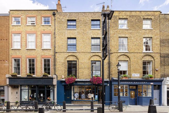 Lambs Conduit Street, London WC1N