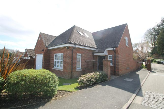 3 bed detached house for sale in Tower View, Bushey Heath, Bushey