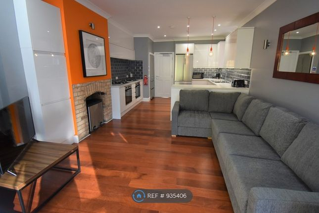 Thumbnail 7 bed terraced house to rent in Upper Redlands Road, Reading
