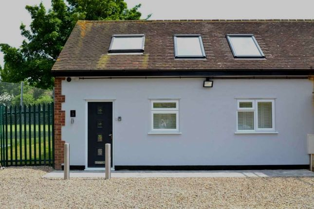 Thumbnail End terrace house to rent in Station Road, Chinnor
