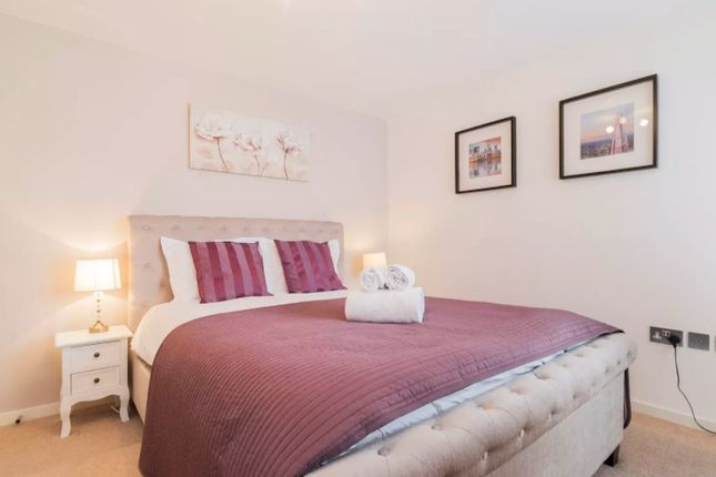 Thumbnail Flat to rent in Blackheath Hill, London