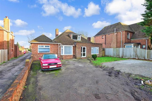 Thumbnail Detached bungalow for sale in Maidstone Road, Chatham, Kent