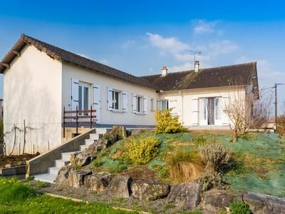 Thumbnail Property for sale in Lisle-Jourdain, Vienne, France