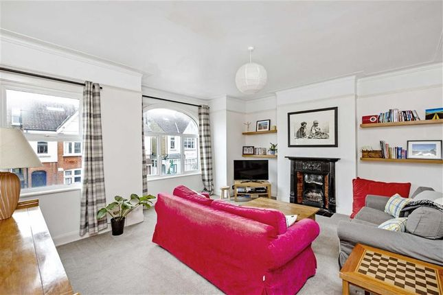 Thumbnail Maisonette for sale in Ribblesdale Road, London