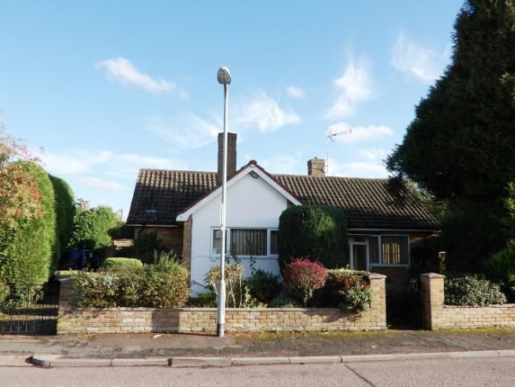 Thumbnail Bungalow for sale in Brookside, Billericay