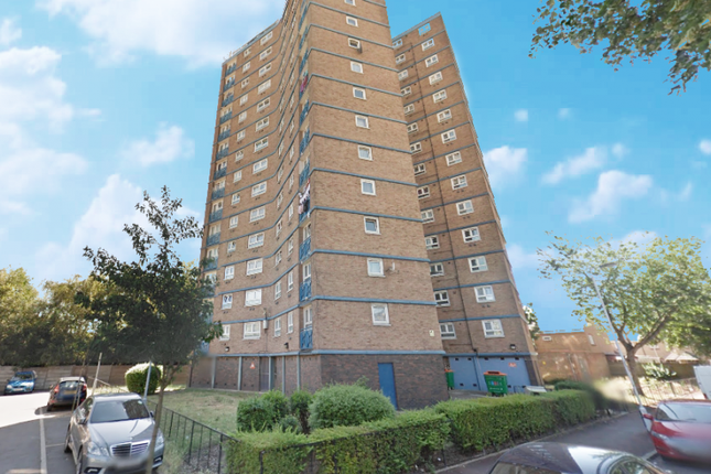 Thumbnail Flat for sale in John Cornwell House, Ilford, Greater London