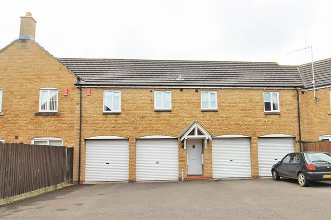 Thumbnail Property to rent in Lower Meadow, Ilminster