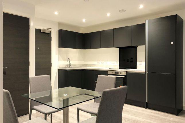 Kitchen 1 of Woden Street, Salford M5