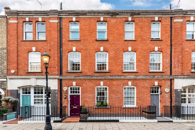 Terraced house to rent in Maunsel Street, Westminster, London