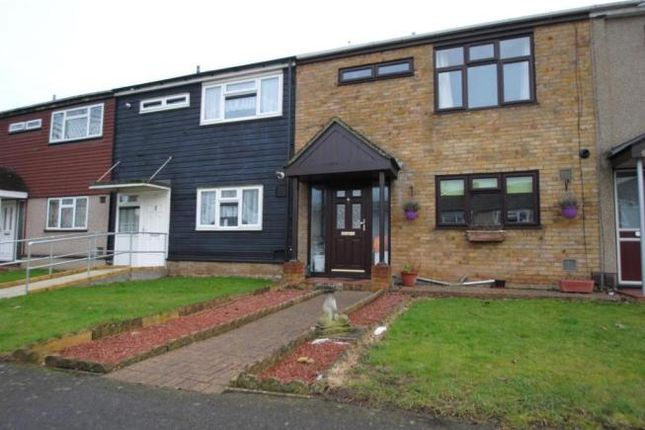Thumbnail Terraced house to rent in Mistley End, Basildon