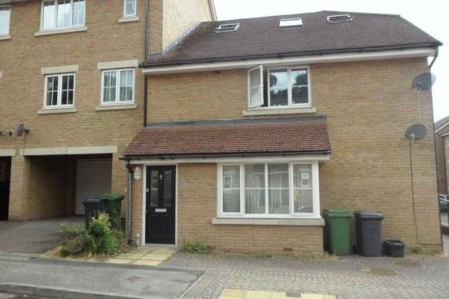 Thumbnail Flat to rent in Richards Field, Chineham, Basingstoke, Hampshire